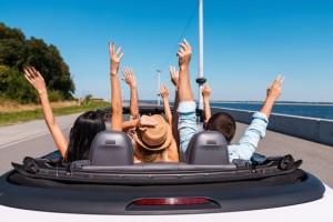 Кой търси най-много скъпи коли под наем